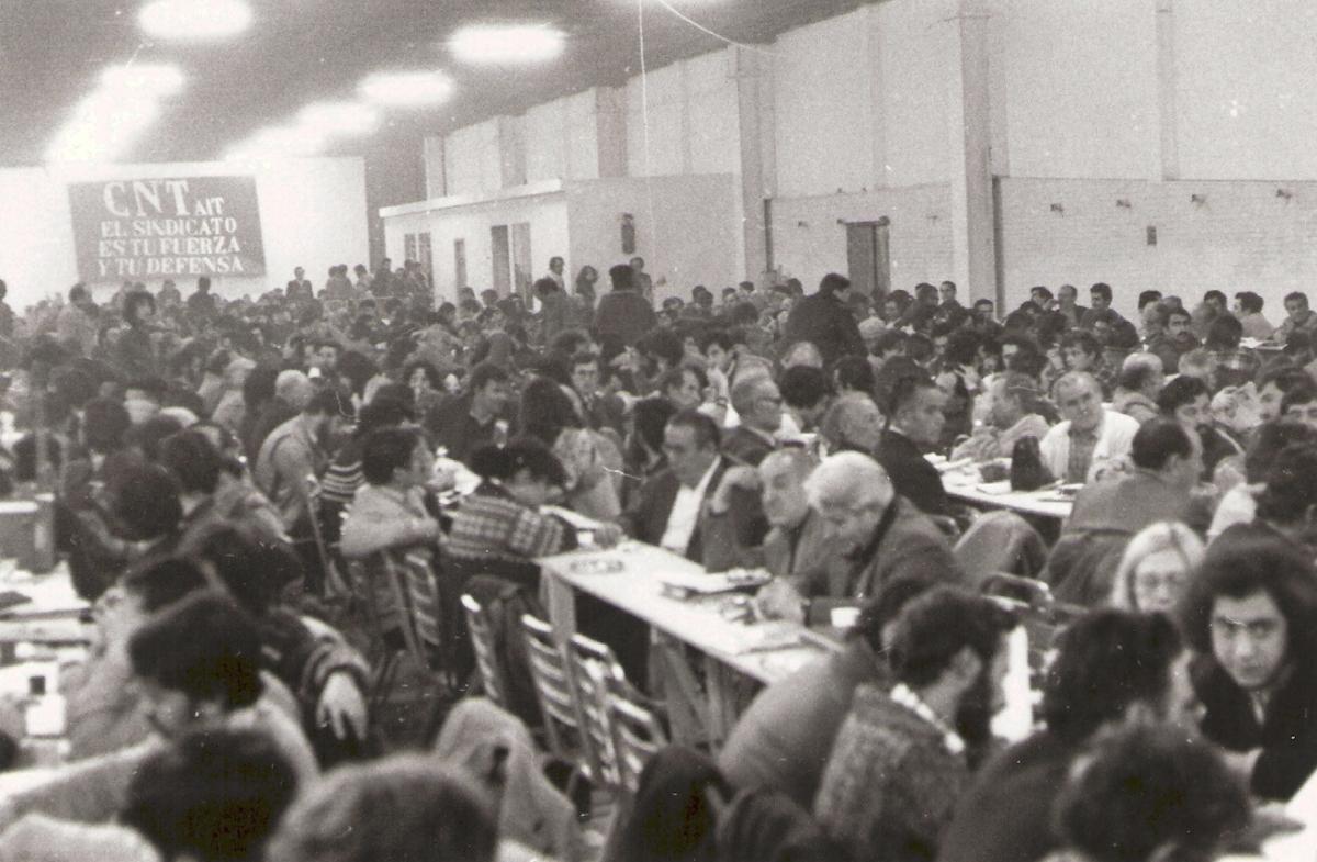 CNT, de la eclosión a la escisión (1977-1983)