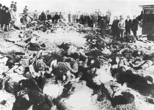 Víctimas de la matanza de Lena en 1912.