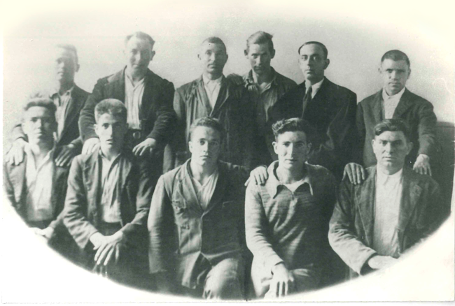 Defensor de los encausados por los hechos de Labastida, julio de 1934. Foto hecha durante el consejo de guerra