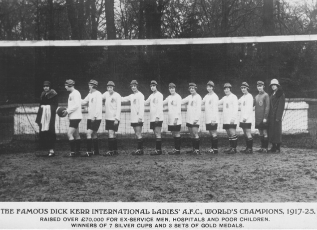 Las Dick, Kerr Ladies en 1925.