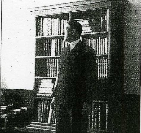 Hitler estanteria
