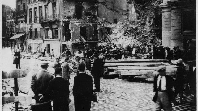 nantes-bombed-1943-photos.jpg
